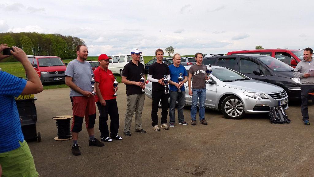 Von links: Jan Stonavsky (6), Stefan Böhlen (5), Jürgen Pölzl (4), Martin Herrig (3), Andreas Böhlen (2), Andreas Herig (1)